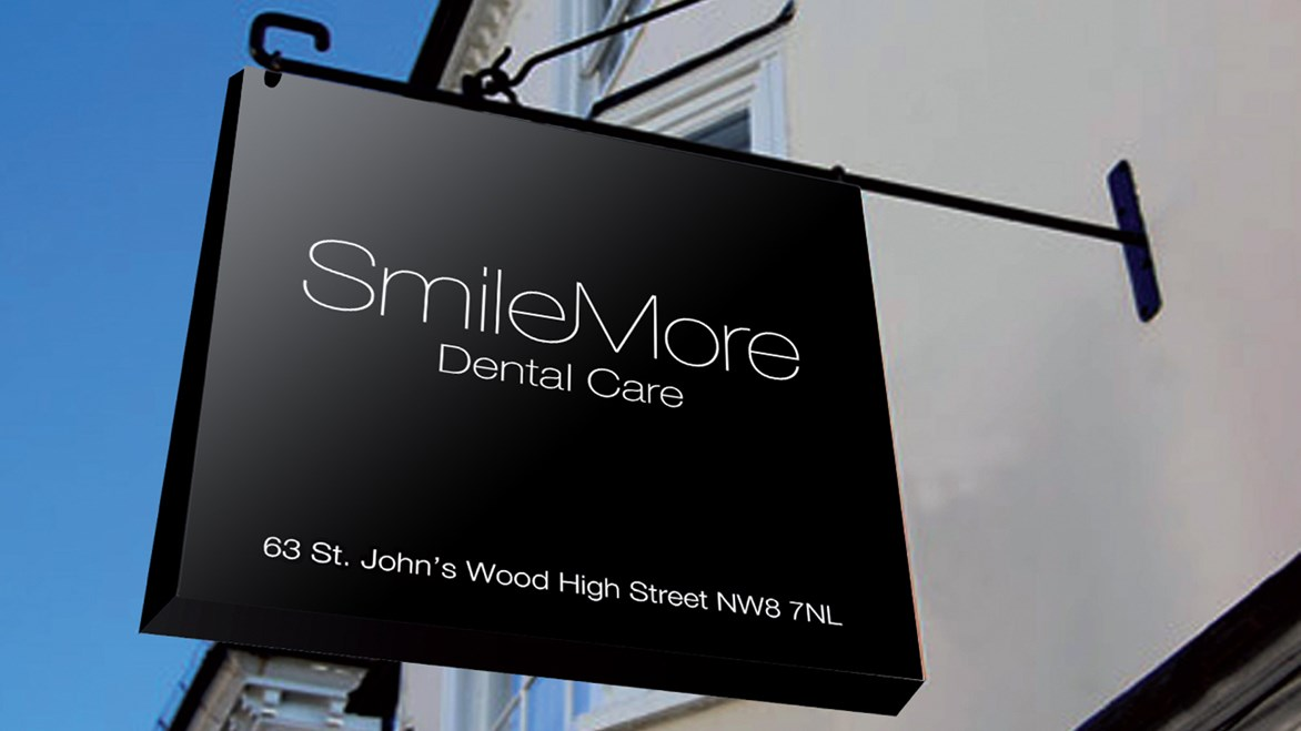 smilemore-sign